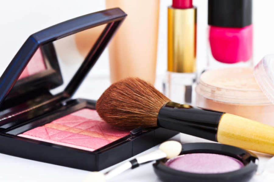 Méthodes testées et approuvées pour nettoyer ses pinceaux de maquillage. Comment faire ?