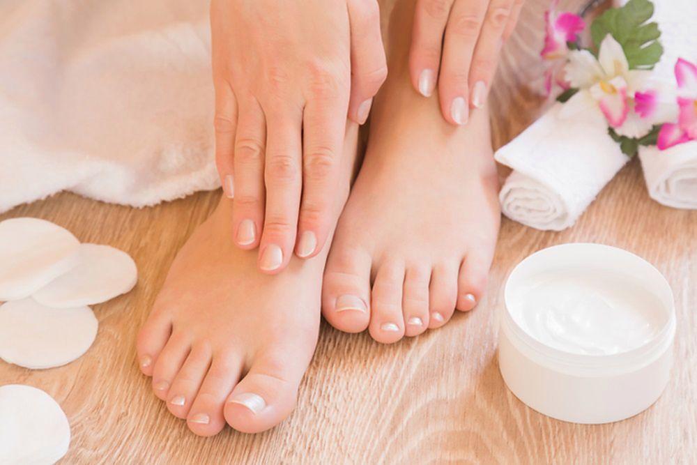 Des produits faits maison pour vos pieds. Découvrez mes conseils pour avoir des pieds lisses