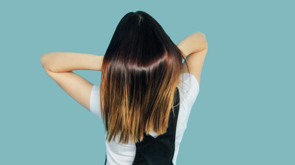 5 méthodes efficaces pour obtenir des cheveux brillants : Huiles, masques et autres soins capillaires